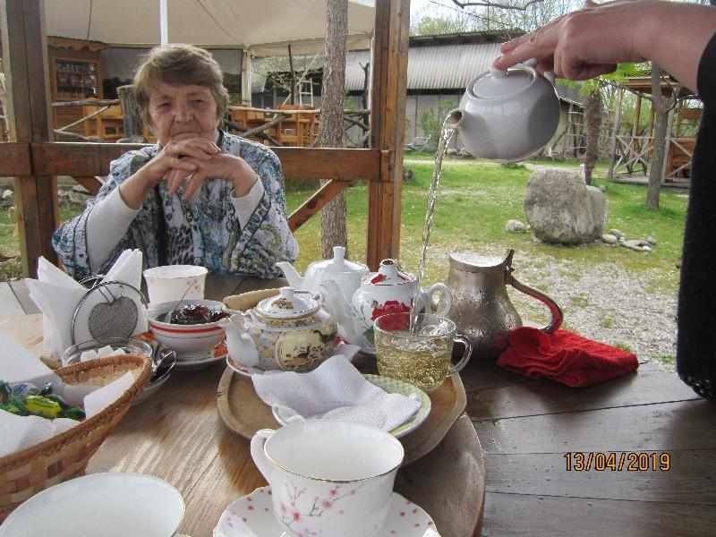 Дегустация чая на чайной фабрике